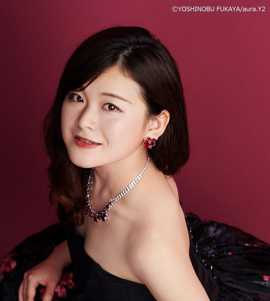 Miss Kazumi YOKOYAMA (Sop.)